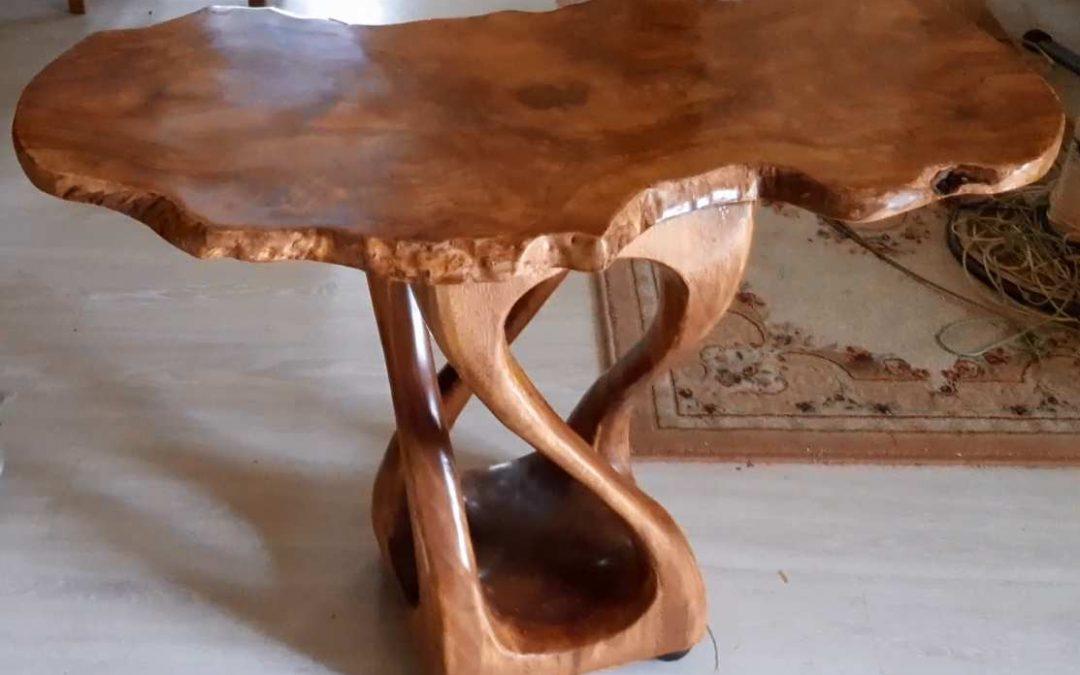 Дизайнерский Столик ручной работы.