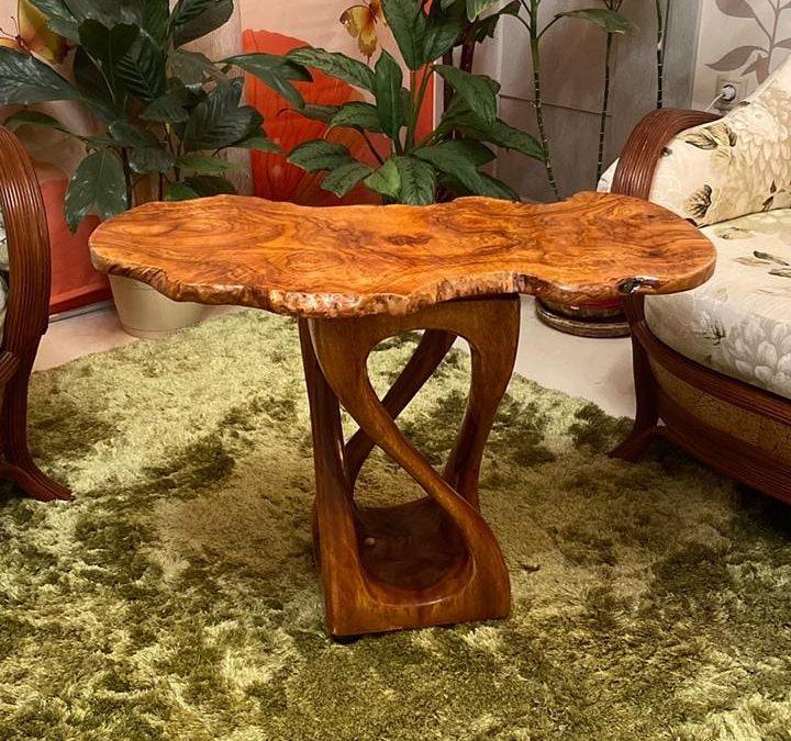 Дизайнерский столик. Авторская работа